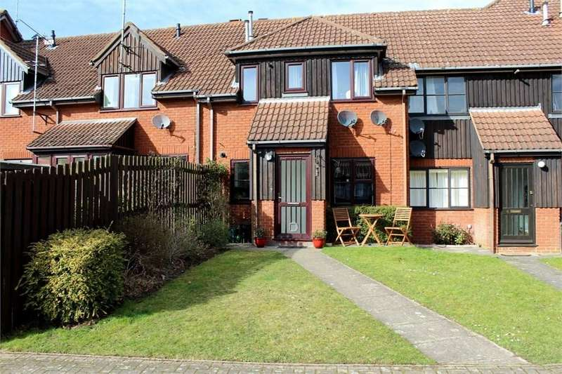 1 Bedroom Maisonette Flat for sale in Mount Road, Wheathampstead, St Albans, AL4