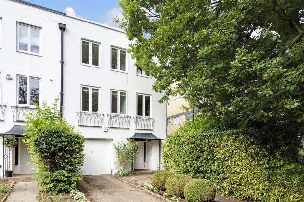 4 Bedrooms End Of Terrace House for sale in North Grove, Highgate Village, London, N6