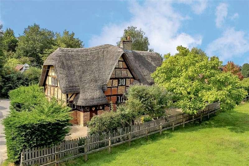 3 Bedrooms Detached House for sale in Plum Lane, Wedhampton, Devizes, Wiltshire, SN10