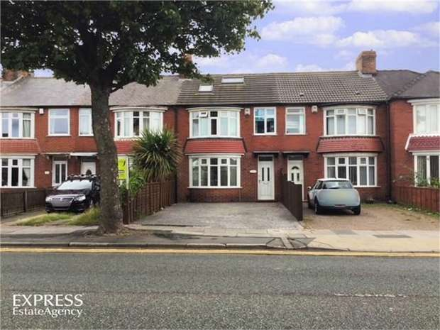 4 Bedrooms Terraced House for sale in Corporation Road, Redcar, North Yorkshire
