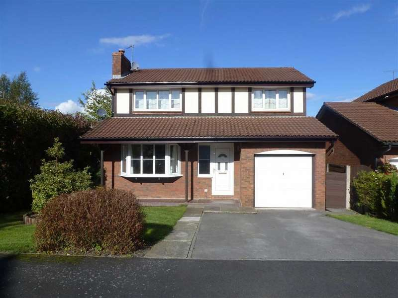 4 Bedrooms Detached House for sale in Leamington Road, Macclesfield
