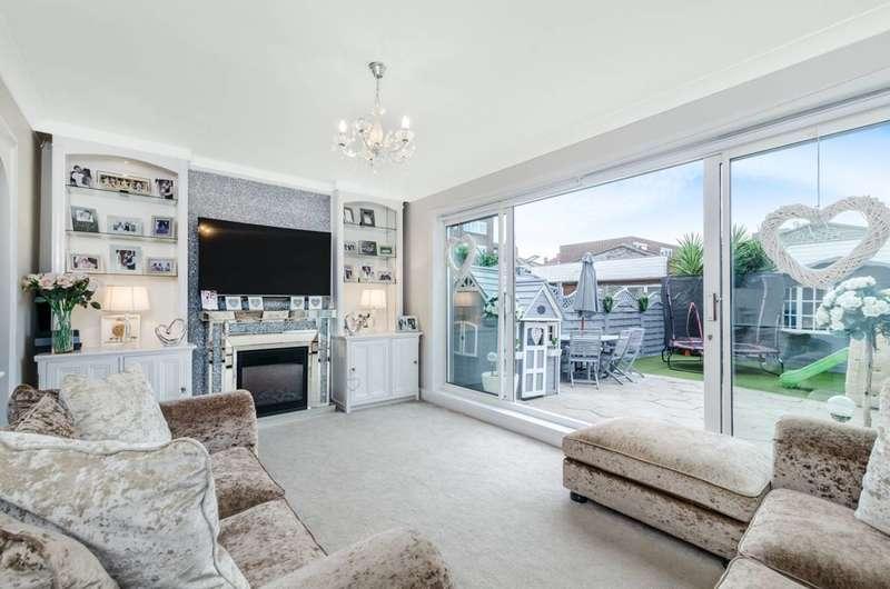 3 Bedrooms Maisonette Flat for sale in Castle Road, Camden, NW1