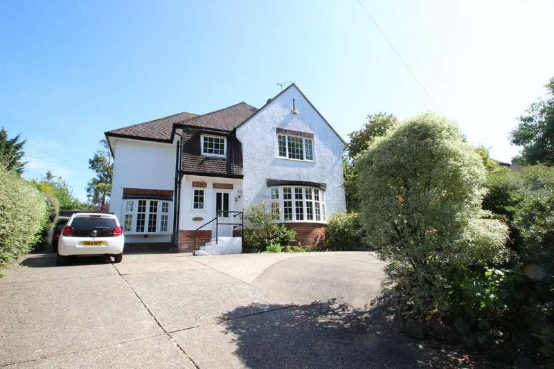 4 Bedrooms Detached House for sale in Gully Road, Seaview