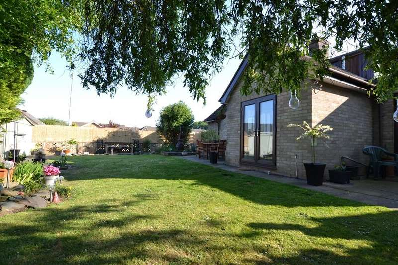 5 Bedrooms Chalet House for sale in Olive Road, Norwich