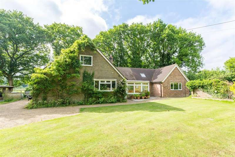 4 Bedrooms Detached House for sale in In the highly sought-after rural village of Chiddingly