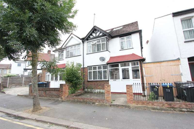 4 Bedrooms Semi Detached House for sale in Sunnycroft Road, London