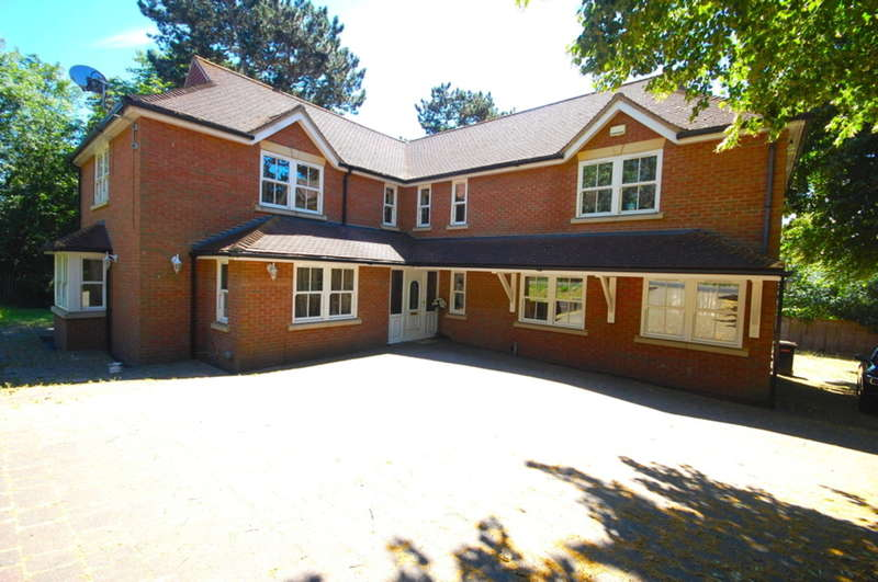 5 Bedrooms Detached House for sale in Arbour Lane, Old Springfield, Nr City Centre, Chelmsford, CM1