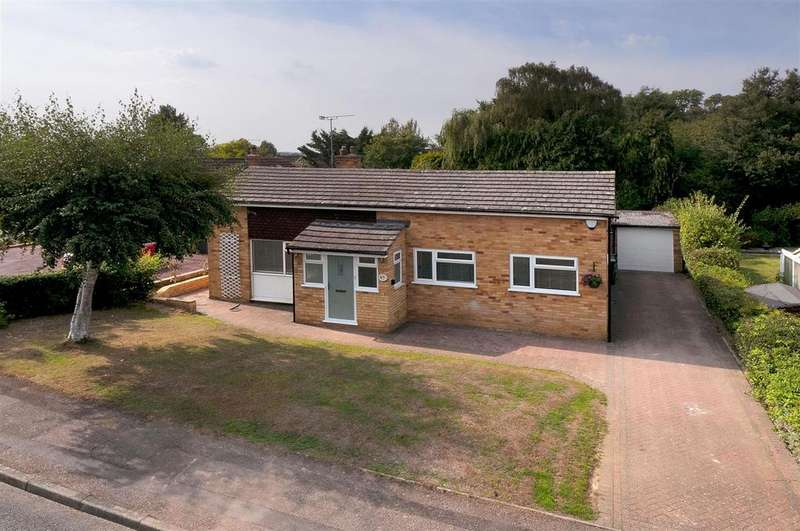 3 Bedrooms Bungalow for sale in Gorse Crescent, Aylesford
