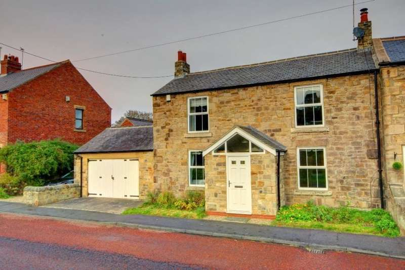 3 Bedrooms Semi Detached House for sale in River View, Blackhall Mill, Newcastle Upon Tyne, NE17