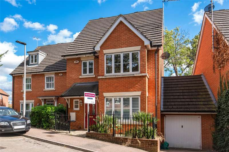4 Bedrooms House for sale in Clementine Walk, Woodford Green