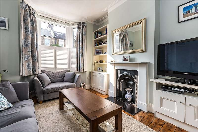 3 Bedrooms Terraced House for sale in Kemerton Road, London, SE5