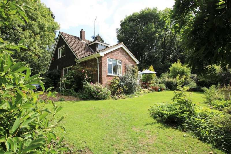 3 Bedrooms Chalet House for sale in Buddle Hill, Buddle Hill, North Gorley, Fordingbridge, SP6