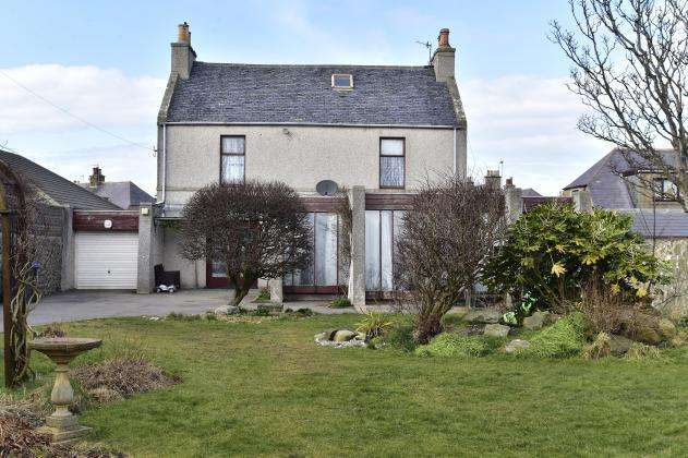 4 Bedrooms Detached House for sale in Pitsligo Street, Rosehearty, AB43