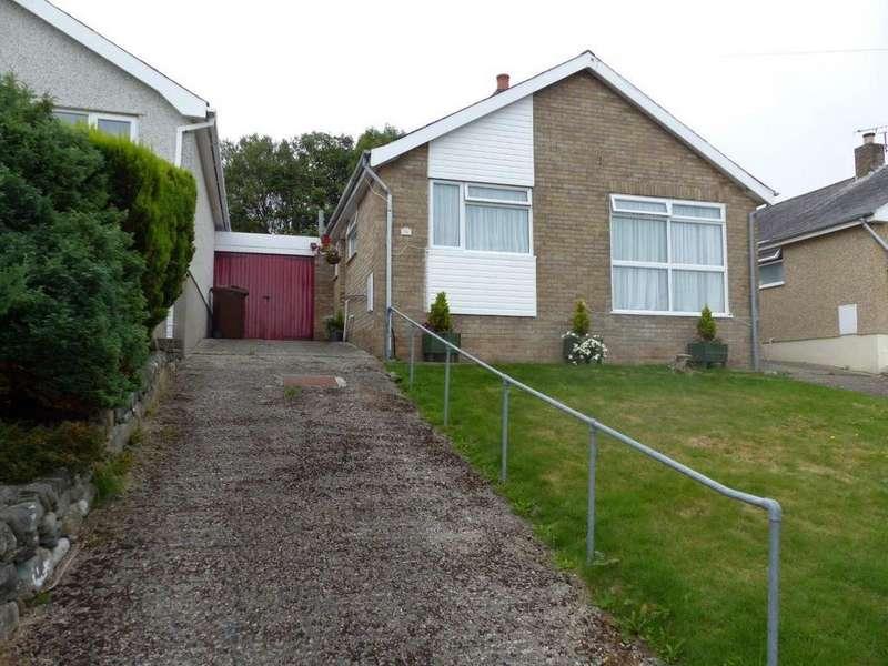 3 Bedrooms Bungalow for sale in 70 Llwyn Ynn, Talybont, LL43 2AG