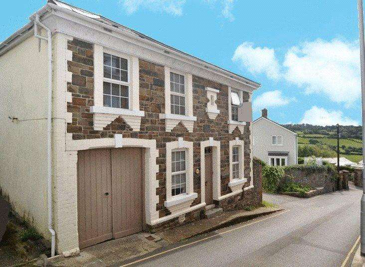 4 Bedrooms Detached House for sale in Mill Street, Torrington