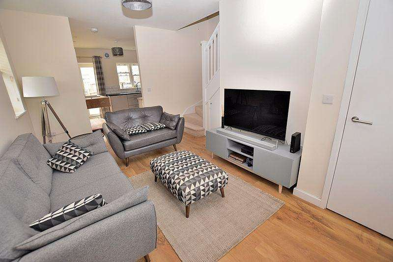2 Bedrooms End Of Terrace House for sale in Regent Street, Central Dunstable