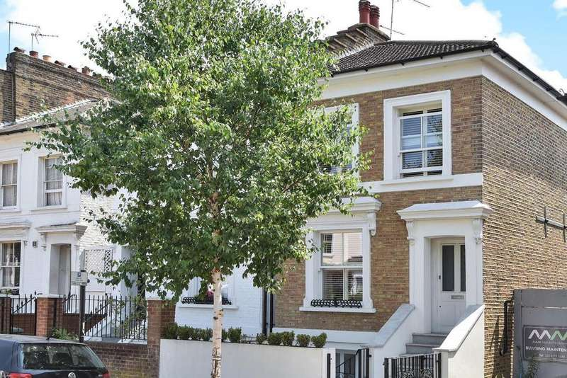 4 Bedrooms Semi Detached House for sale in Shaftesbury Road, Crouch Hill
