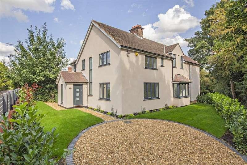5 Bedrooms Detached House for sale in Cobden Hill, Radlett