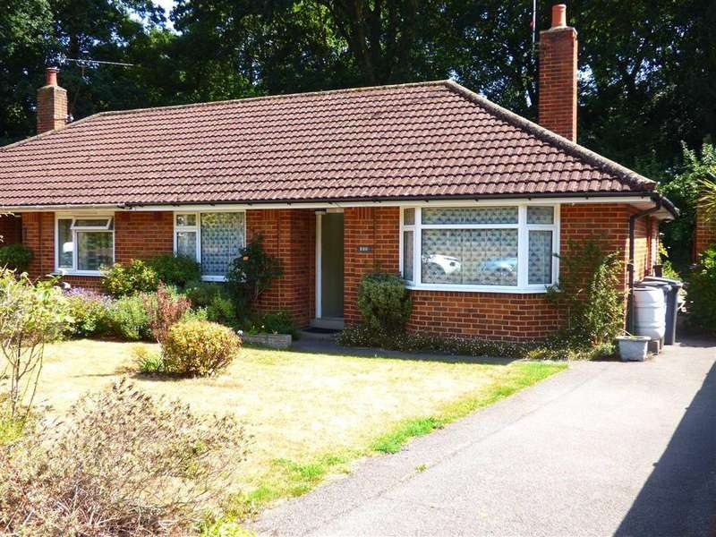 2 Bedrooms Bungalow for sale in Howeth Road, Ensbury Park, Bournemouth, Dorset