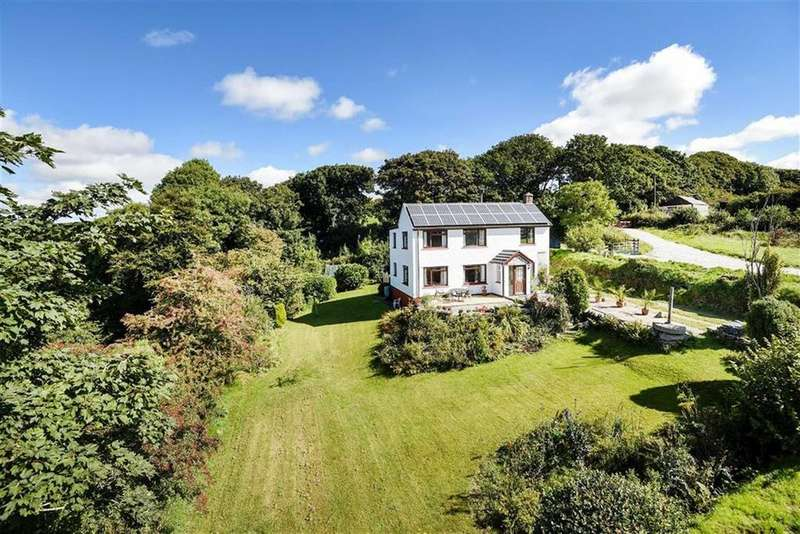 3 Bedrooms Detached House for sale in Trevia, Camelford, Cornwall, PL32