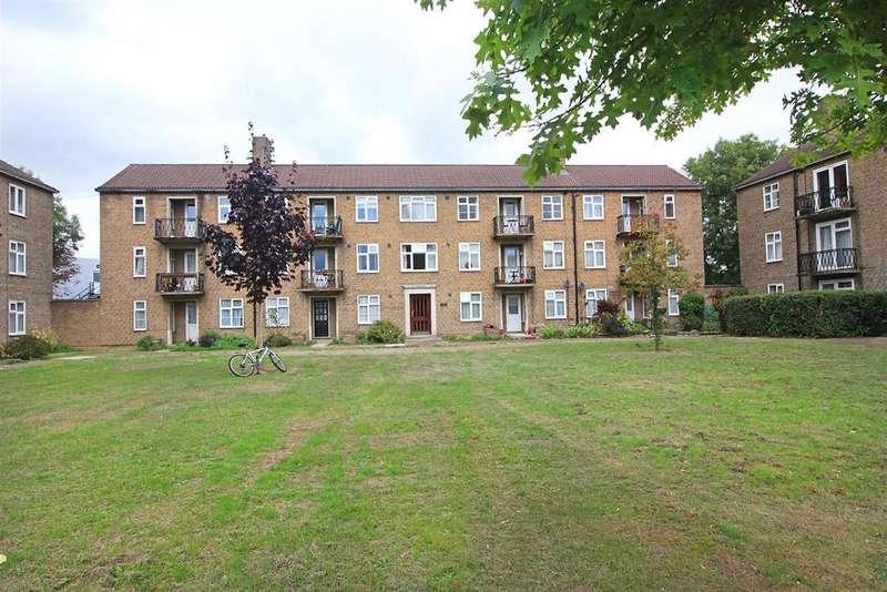1 Bedroom Flat for sale in Elizabeth House, Gosbrook Road, Caversham, Reading