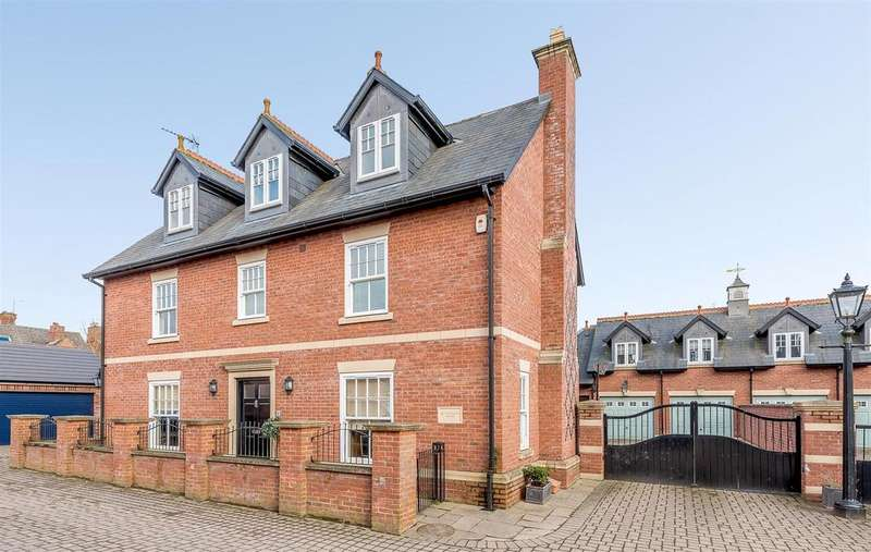 5 Bedrooms Detached House for sale in Hillmorton Road, Rugby, Warwickshire