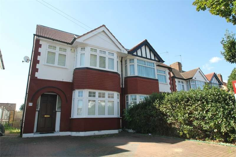 4 Bedrooms Semi Detached House for sale in The Fairway, N13