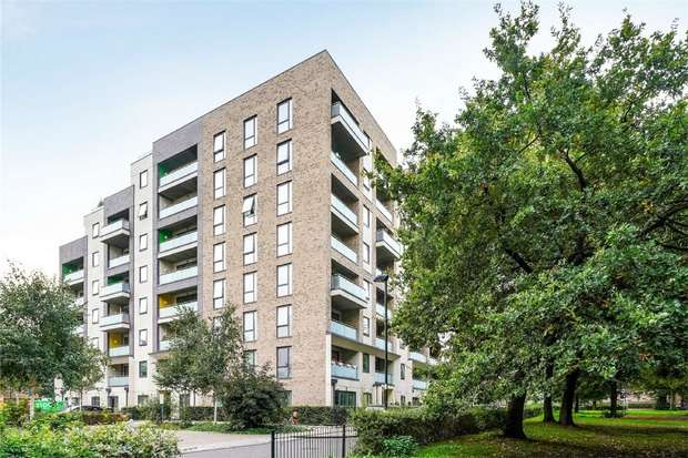 2 Bedrooms Flat for sale in Warton Court, All Saints Road, LONDON