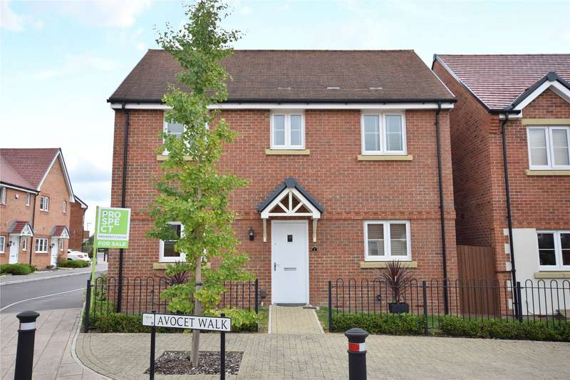3 Bedrooms Detached House for sale in Avocet Walk, Jennett's Park, Bracknell, Berkshire, RG12