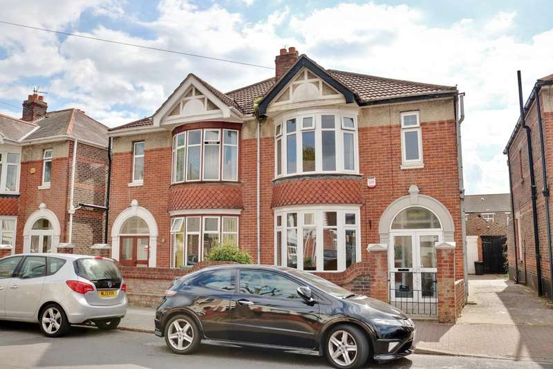 3 Bedrooms Semi Detached House for sale in Amberley Road, Portsmouth