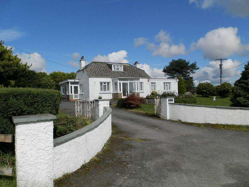 4 Bedrooms Detached Bungalow for sale in Efailwen, Clynderwen