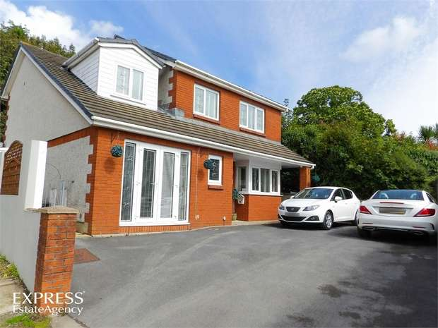 4 Bedrooms Detached House for sale in Paradise, Llanelli, Carmarthenshire
