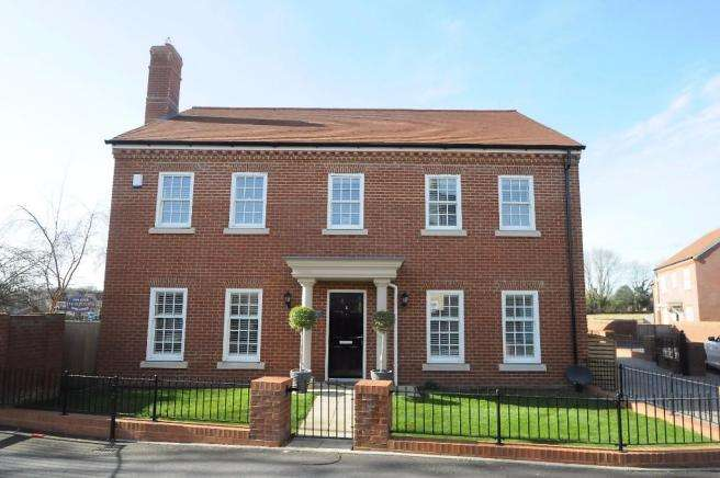 4 Bedrooms Detached House for sale in VERWOOD OUTSKIRTS