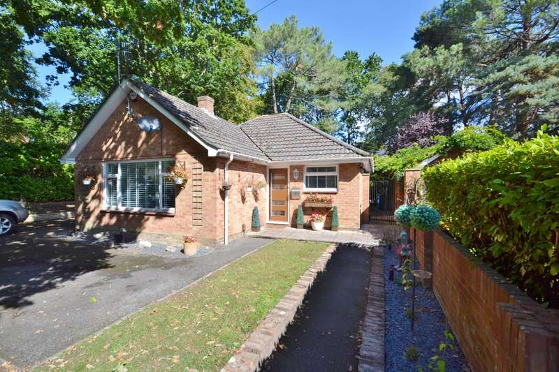 2 Bedrooms Bungalow for sale in Broadstone