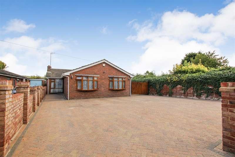 4 Bedrooms Detached Bungalow for sale in Furlong Lane, Totternhoe
