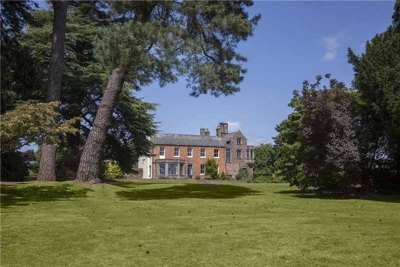 17 Bedrooms Farm House Character Property for sale in Newnham Road, Blakeney, Gloucestershire, GL15