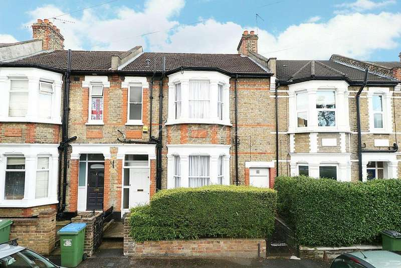 3 Bedrooms Terraced House for sale in Sandtoft Road, Charlton, SE7