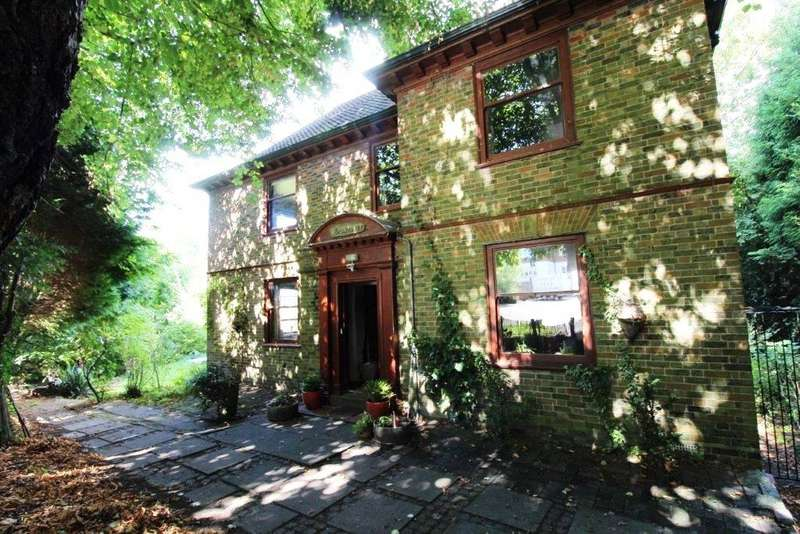 4 Bedrooms House for sale in Chapel Lane, Forest Row, East Sussex, RH18