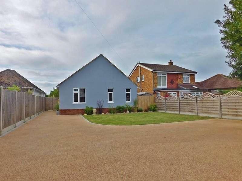 4 Bedrooms Detached Bungalow for sale in Gosport Road, Stubbington