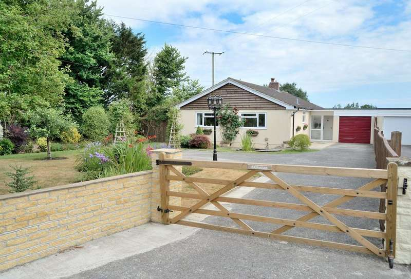 3 Bedrooms House for sale in Fairmead, Stour Row, Dorset, SP7 0QW
