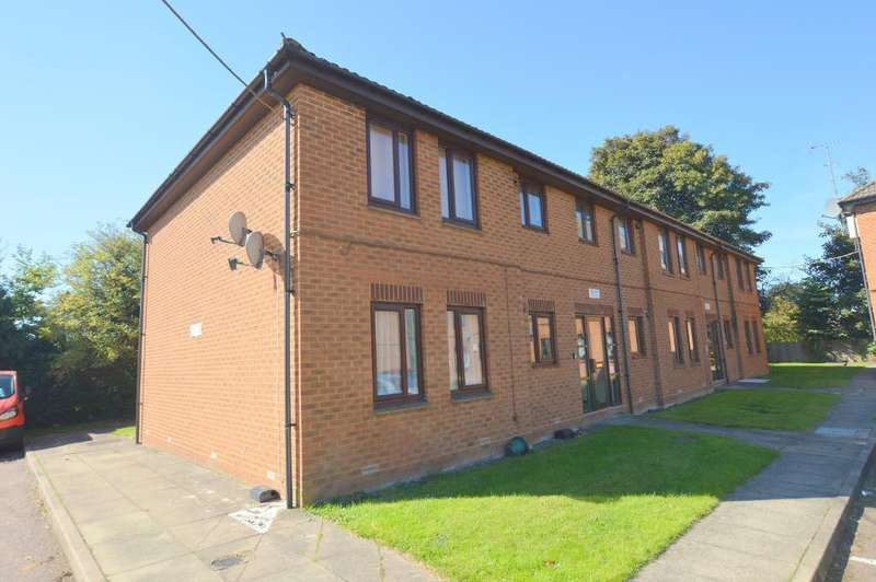 1 Bedroom Apartment Flat for sale in Cavalier Close, Luton, Bedfordshire, LU3 2SX