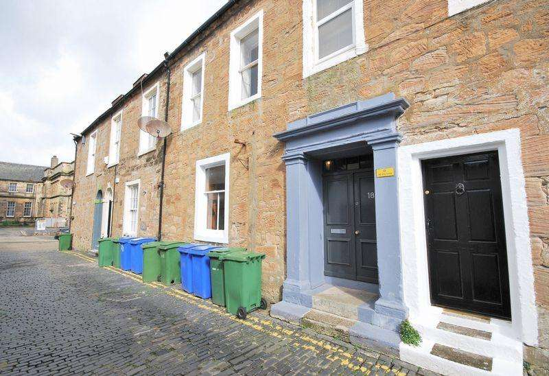 1 Bedroom Ground Flat for sale in 18c Academy Street, Ayr, KA7 1HS