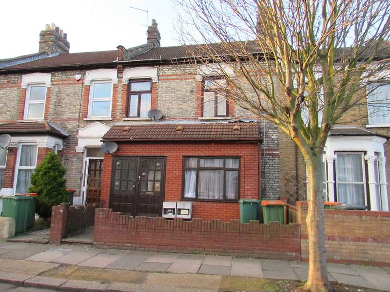 2 Bedrooms Flat for sale in Carlyle Road, Manor Park E12