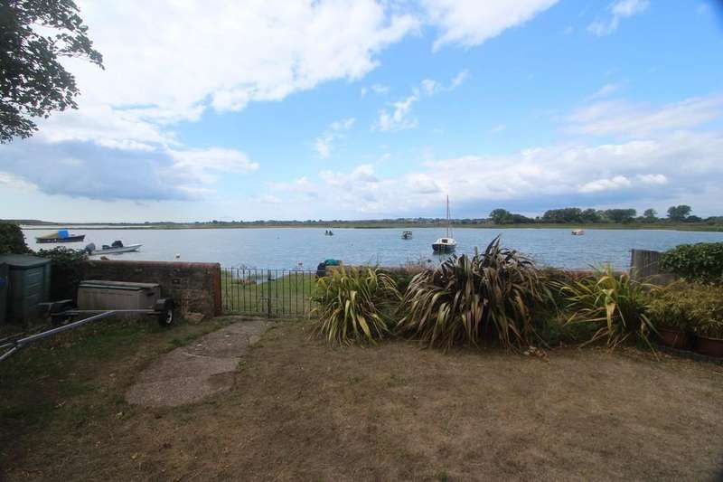 2 Bedrooms Ground Flat for sale in FISHERMAN'S BANK