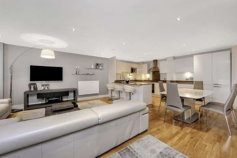 3 Bedrooms Apartment Flat for sale in Dowells Street, Greenwich, SE10