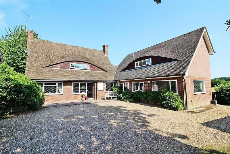4 Bedrooms Detached House for sale in Swannells Wood, Studham