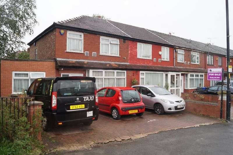 3 Bedrooms Terraced House for sale in Kirkmanshulme Lane, Longsight, M12