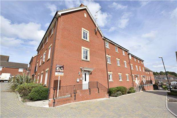2 Bedrooms Flat for sale in Snowberry Walk, St. George, BS5 7DG
