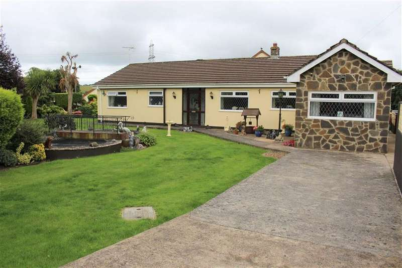 3 Bedrooms Detached Bungalow for sale in Lower Lamphey Road, Merlins Cross, Pembroke