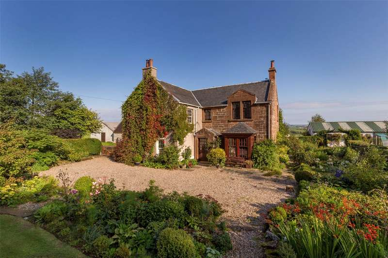 4 Bedrooms Detached House for sale in East Hillhead Farm, By Mauchline, East Ayrshire, KA5